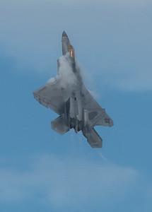 F-22 in a vertical climb