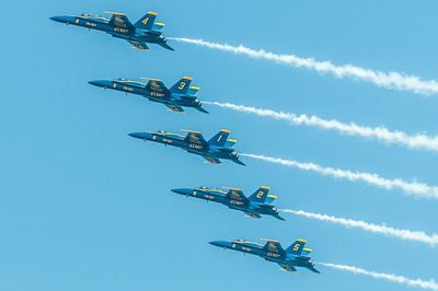 US Navy Blue Angels in a Line Abreast loop