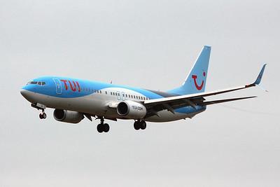 TUI Airways, 737-800, G-FDZW By Graham Miller.