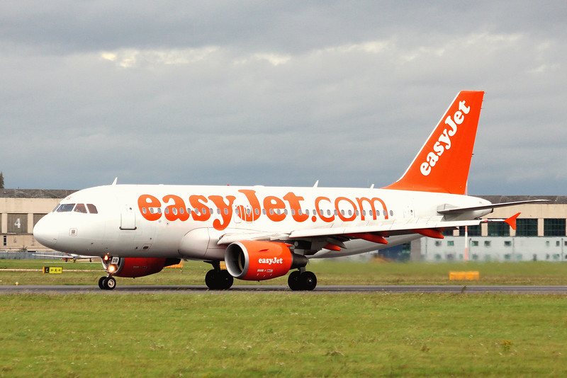 EasyJet, A319, G-EZDB managed a couple of hours training before a strengthening wind stopped play.<br /> By Graham Miller.