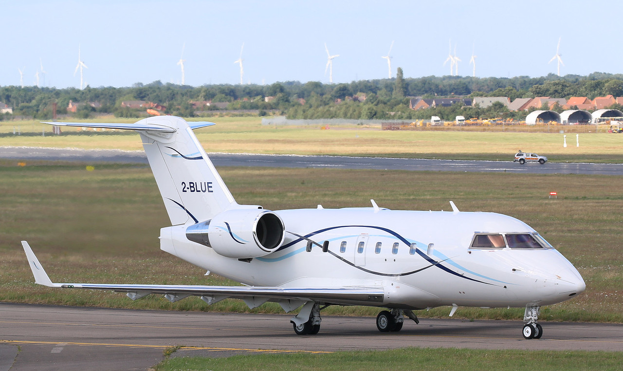 Canadair CL601 Challenger, 2-BLUE - clearance given to return to Kidlington<br /> By Correne Calow.