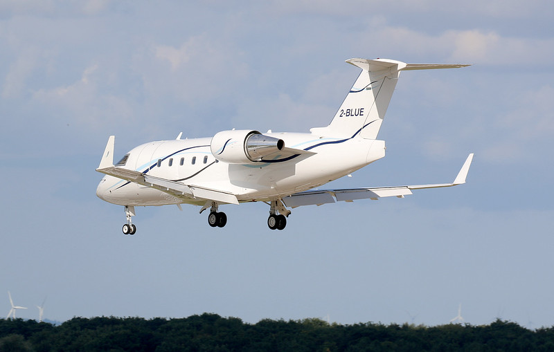 Canadair CL601 Challenger, 2-BLUE<br /> By Correne Calow.