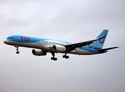 Thomson Airways, 757-200, G-OOBE By Graham Miller.