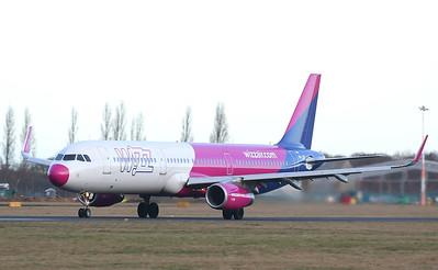 Wizz Air A321 HA-LXF By Correne Calow.