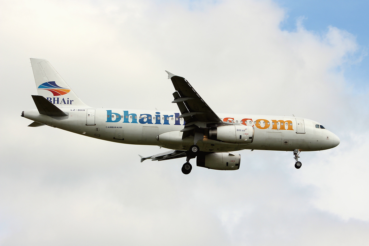 BH Airlines A320 LZ-BHH<br /> By Graham Miller.