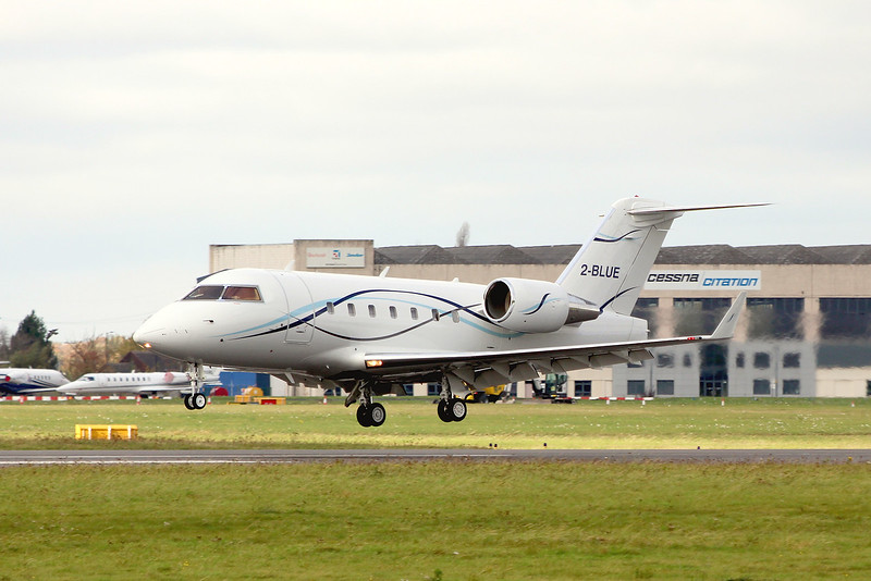 Canadair CL601 Challenger, 2-BLUE arrived from Oxford for training.<br /> By Graham Miller.