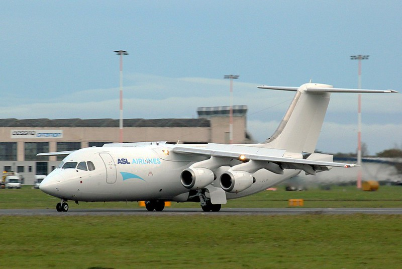 ASL Airlines Spain, BAe 146-300(QT), EC-LOF arrives from Shannon.<br /> By Clive Featherstone.