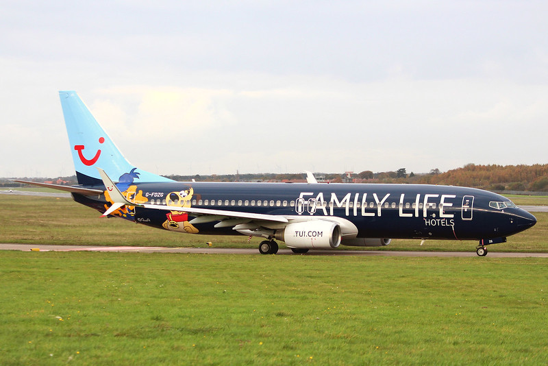 TUI Airways, 737-800, G-FDZG (Family Life Hotels Livery)<br /> By Graham Miller.