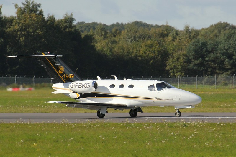 Blink Air, Cessna 510 Citation Mustang, G-FBKG<br /> By Clive Featherstone.