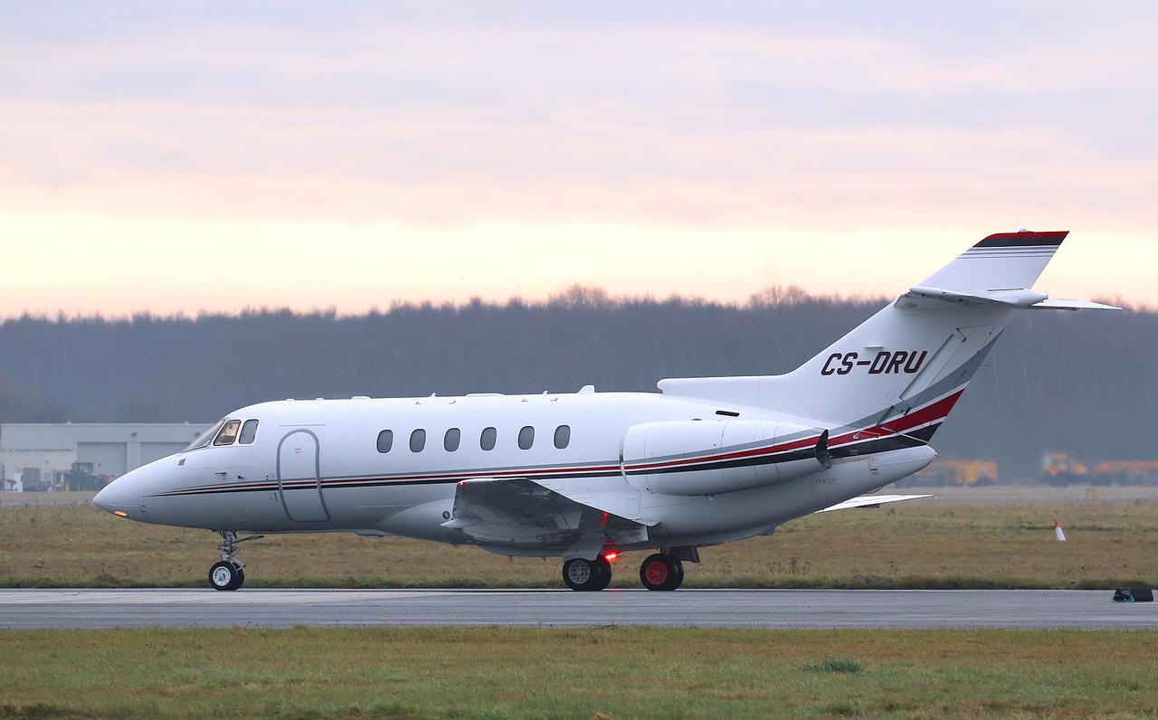 Netjets Europe, Hawker 800XPi, CS-DRU<br /> By Correne Calow.