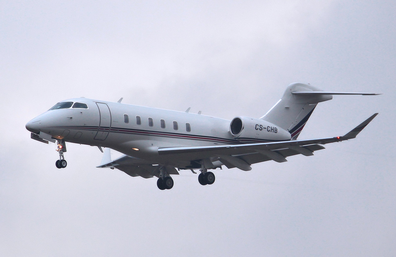 Netjets Europe, Bombardier BD-100-1A10 Challenger 350 , CS-CHB<br /> By Graham Miller.