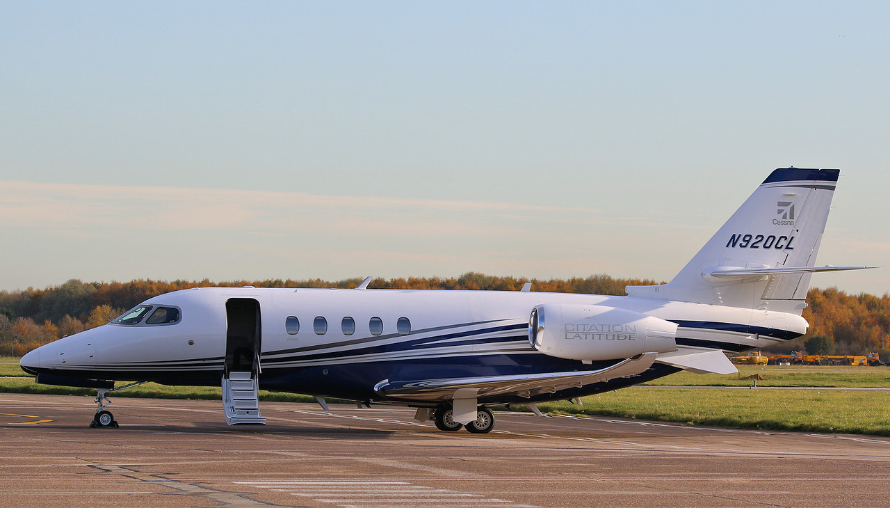 Cessna Aircraft Co, Cessna 680A Citation Latitude, N920CL<br /> By Correne Calow.