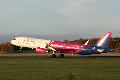 Wizz Air, A321, HA-LXJ By Clive Featherstone.