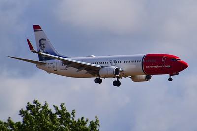 Norwegian Air International 737-800 EI-FVH. By Ray Spencer.