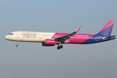 Wizz Air, A321, HA-LXS By Graham Miller.