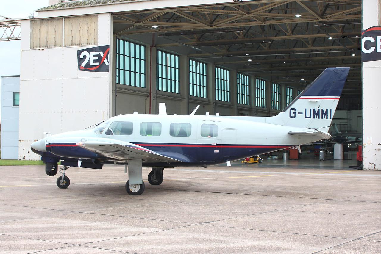 2Excel Aviation, Piper PA-31-310 Navajo C, G-UMMI<br /> By Graham Miller.