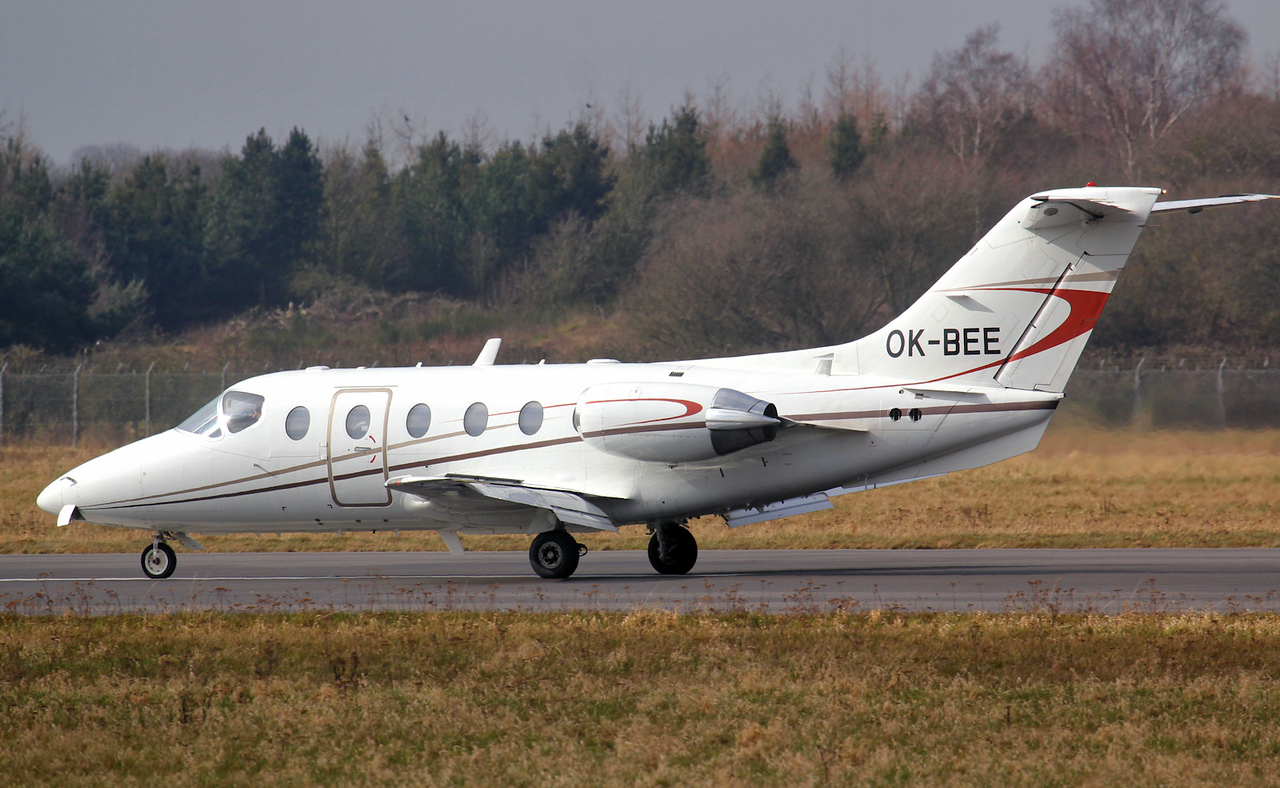 Queen Air, Beechjet 400A, OK-BEE<br /> By Jim Calow.