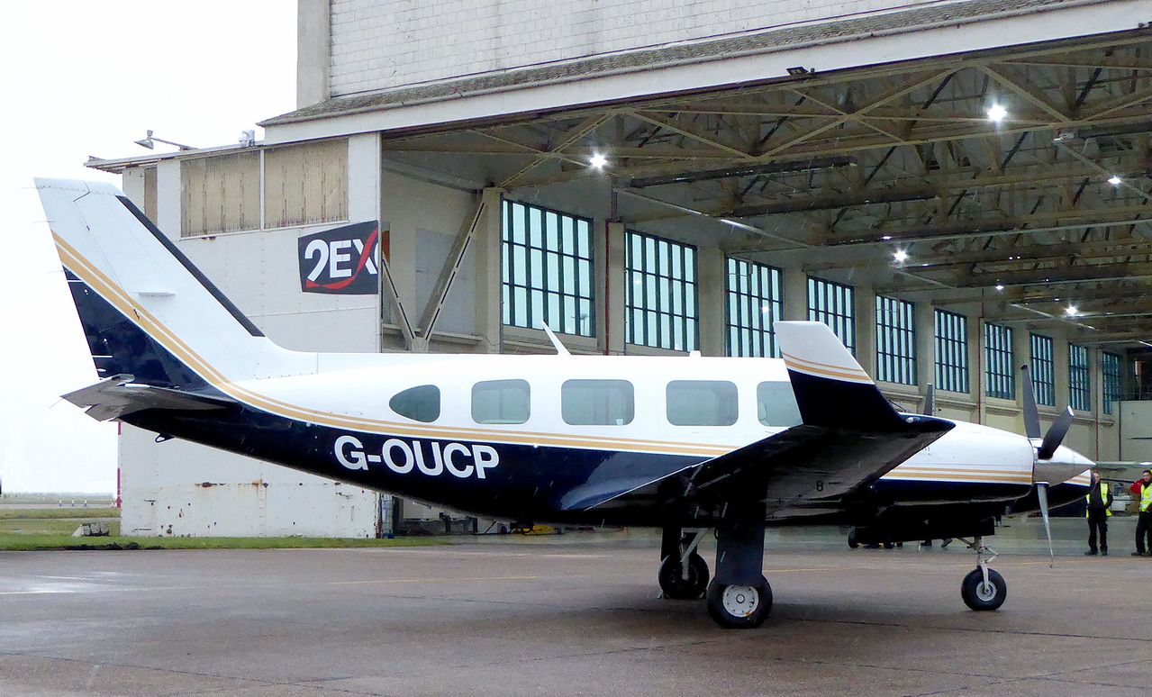 2Excel Aviation, PA-31 Navajo, G-OUCP<br /> By Correne Calow.