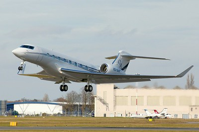 Gulfstream G650ER, VQ-BAH By Clive Featherstone.