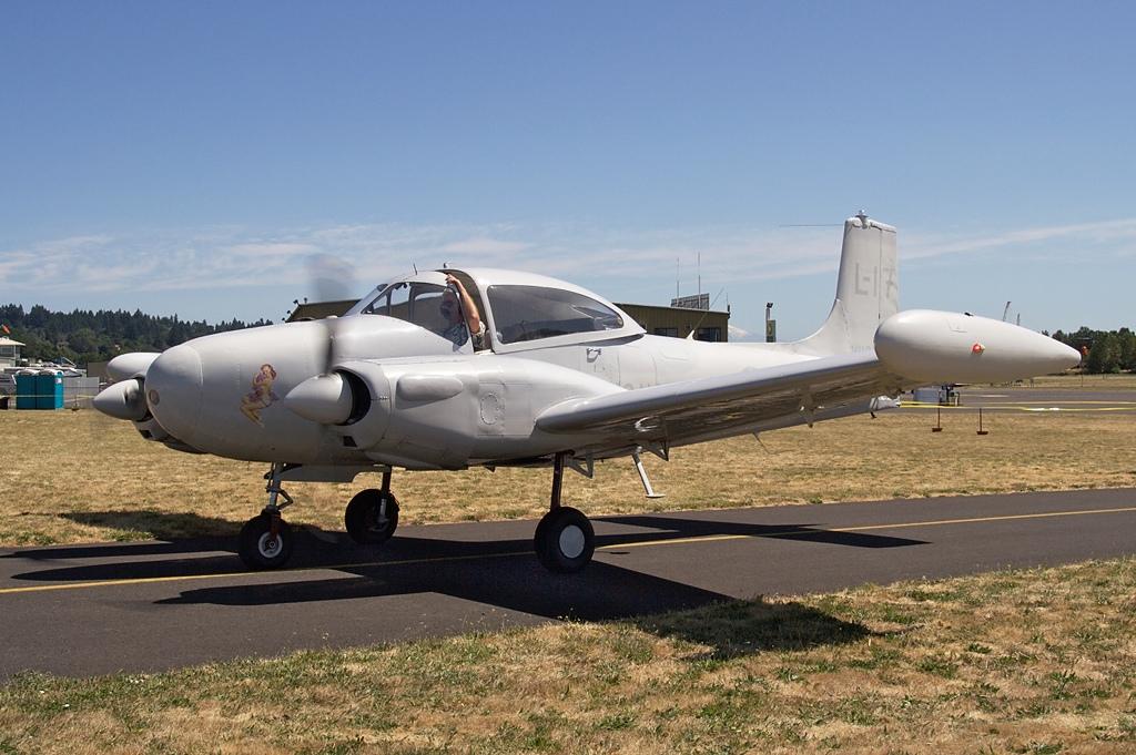 Riley D-16A Twin Navion  N119N s/n TTN-51