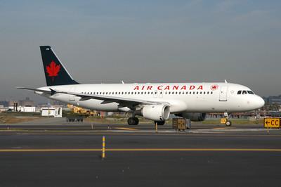 AIR CANADA A319 ,  A320  &  A321