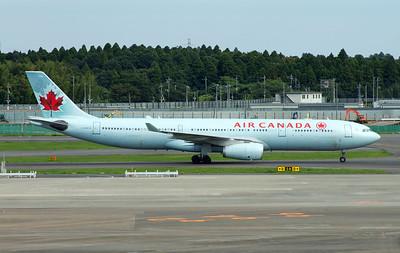 C-GHKW AIR CANADA A330-300