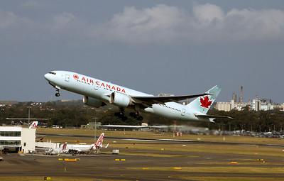 C-FIUA AIR CANADA 777-200