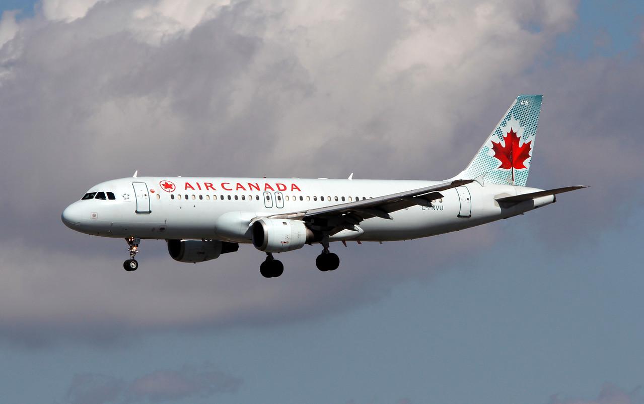 C-FNVU AIR CANADA A320