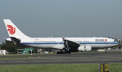 B-6131 AIR CHINA A330-200