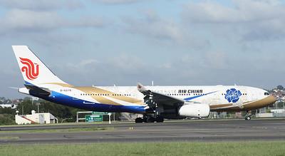 B-6076 AIR CHINA A330-200