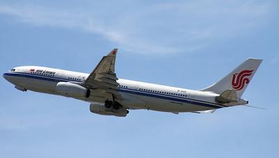 B-6115 AIR CHINA A330-200