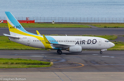 JA11AN AIR DO B737-700