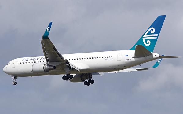 ZK-NCJ AIR NEW ZEALAND B767-300