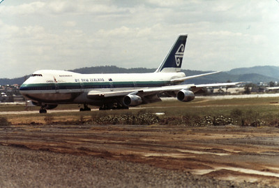 ZK-NZW AIR NEW ZEALAND B747-200