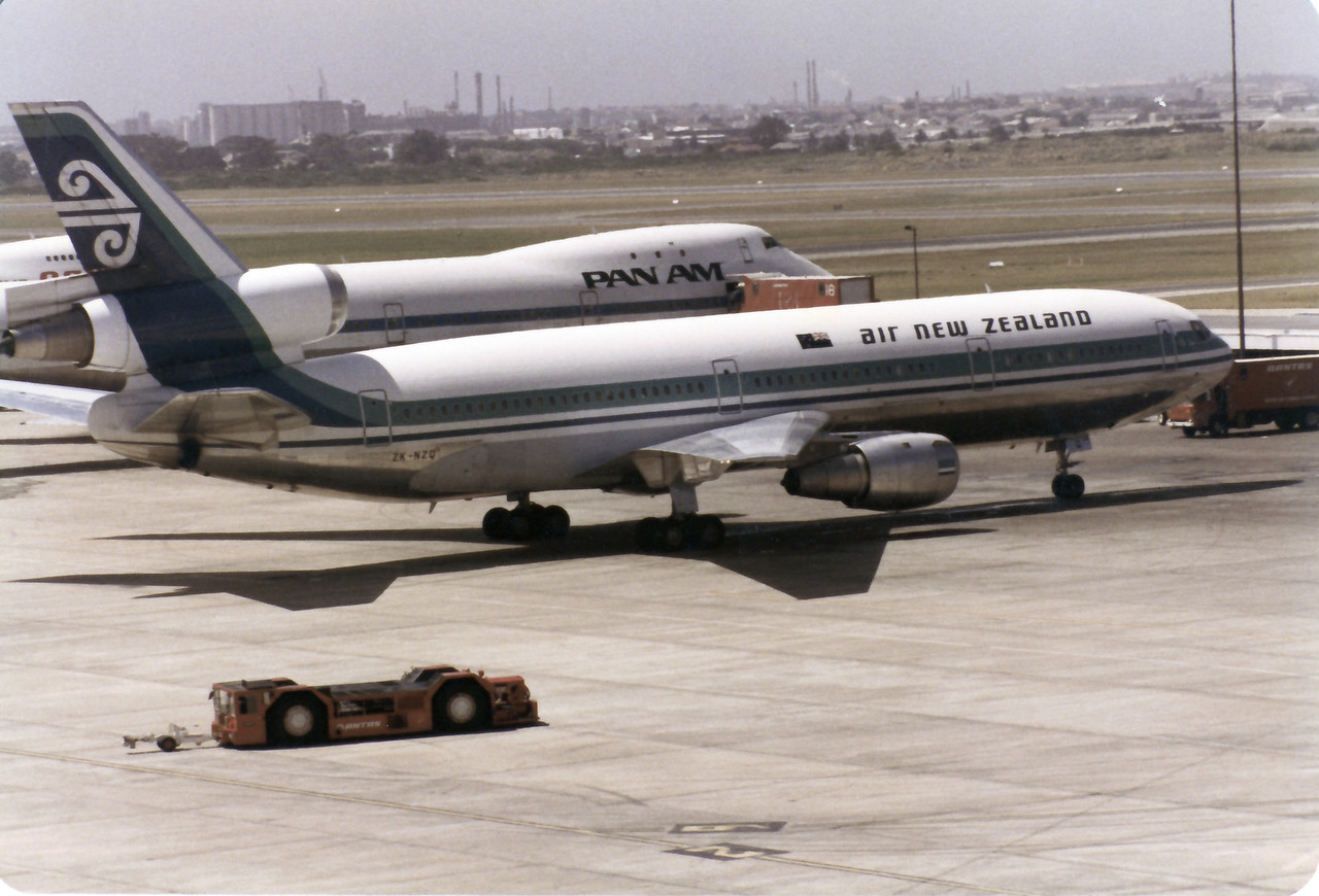 ZK-NZQ AIR NEW ZEALAND DC-10-30