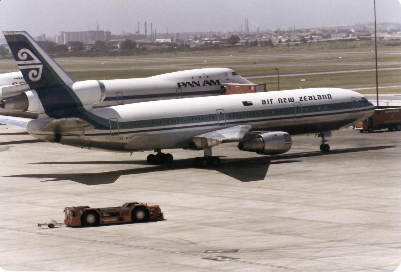 ZK-NZQ AIR NEW ZEALAND DC-10-30