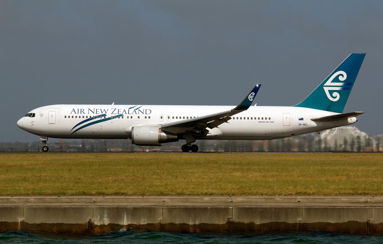 ZK-NCL AIR NEW ZEALAND B767-300