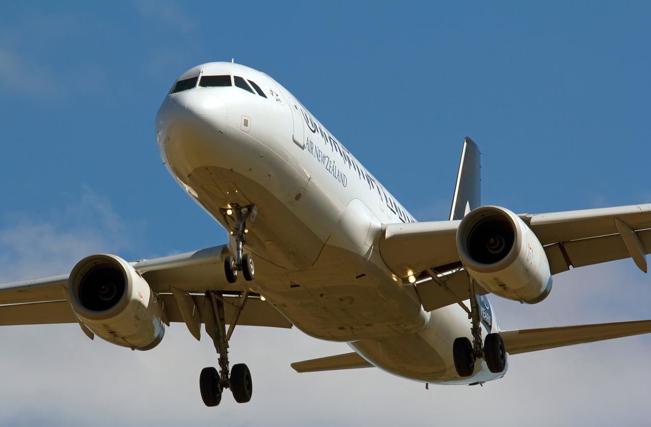 ZK-OJH AIR NEW ZEALAND A320