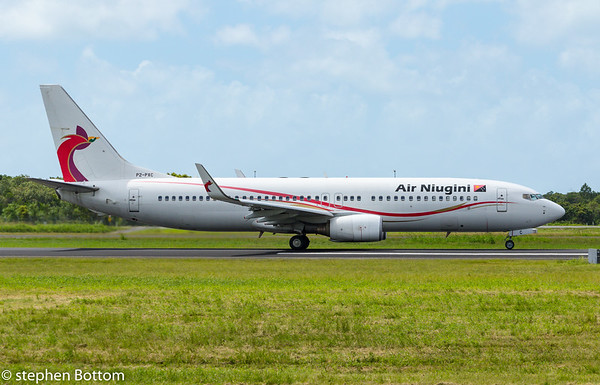 P2-PXC AIR NIUGINI B737-800