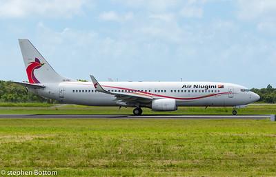 P2-PXC AIR NIUGINI B737-800