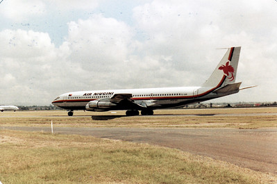 P2-ANB AIR NIUGINI B707