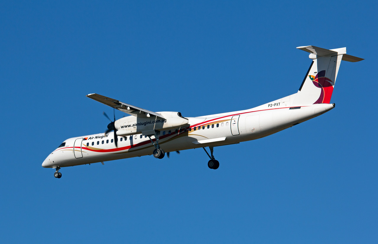 P2-PXT AIR NIUGINI DASH-8-Q400