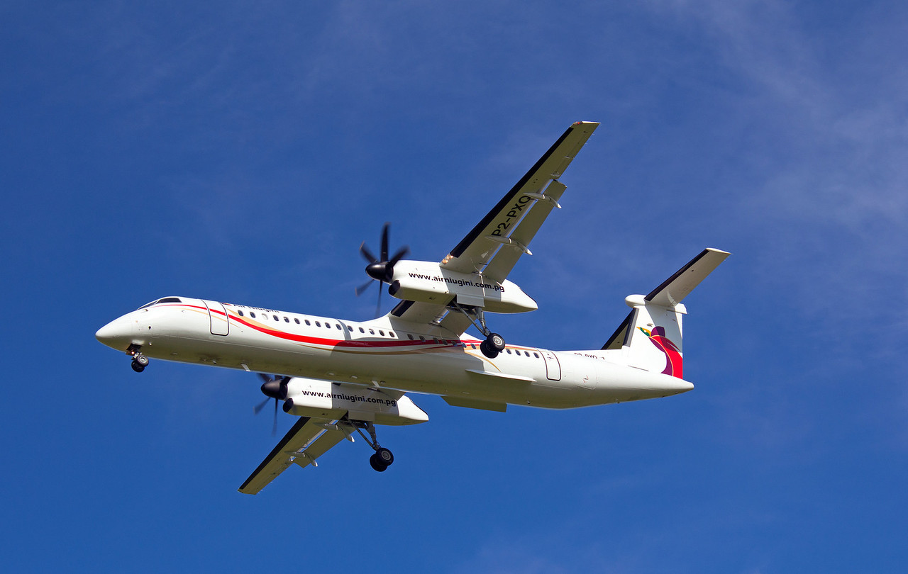 P2-PXQ AIR NIUGINI DASH-8-Q400