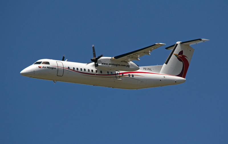 P2-PXL AIR NIUGINI DASH-8-300