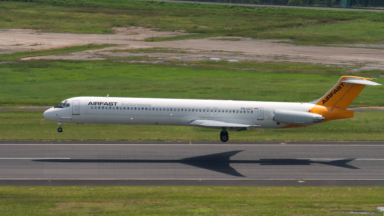 VH-OCT AIRFAST INDONESIA MD-83