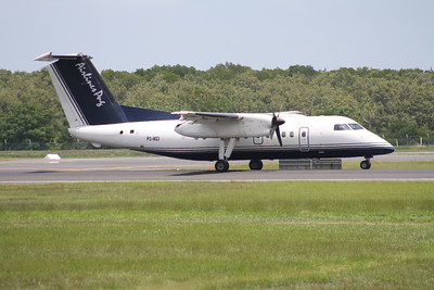 P2-MCI AIRLINES OF PNG DASH-8-100