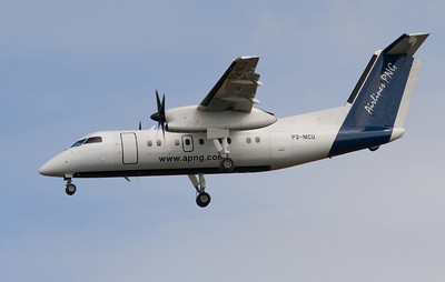 P2-MCU AIRLINES OF PNG DASH-8-100
