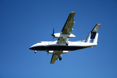 P2-MCH AIRLINES OF PNG DASH-8-100