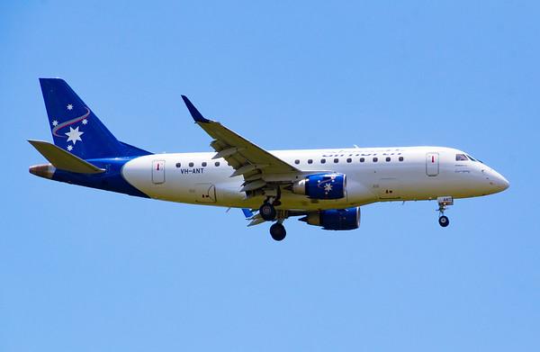 VH-ANT AIRNORTH RJ-170
