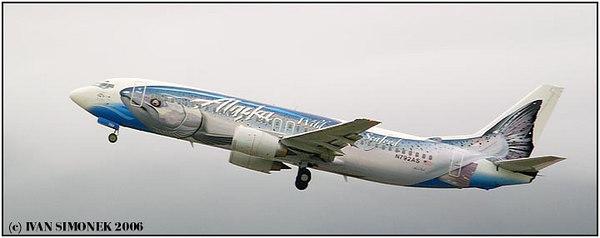 """BOEING SALMON-THIRTY-SALMON"", Alaska Airlines Boeing 737-400, Alaska, USA-----""BOEING LOSOS-TRICET-LOSOS"", Boeing 737-400 aljasskych aerolinek, Aljaska, USA."